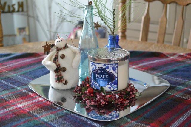 centerpiece_diningroom_christmas2016