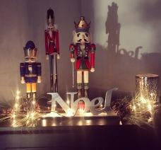 nutcrackers_night_diningroom_christmas2016
